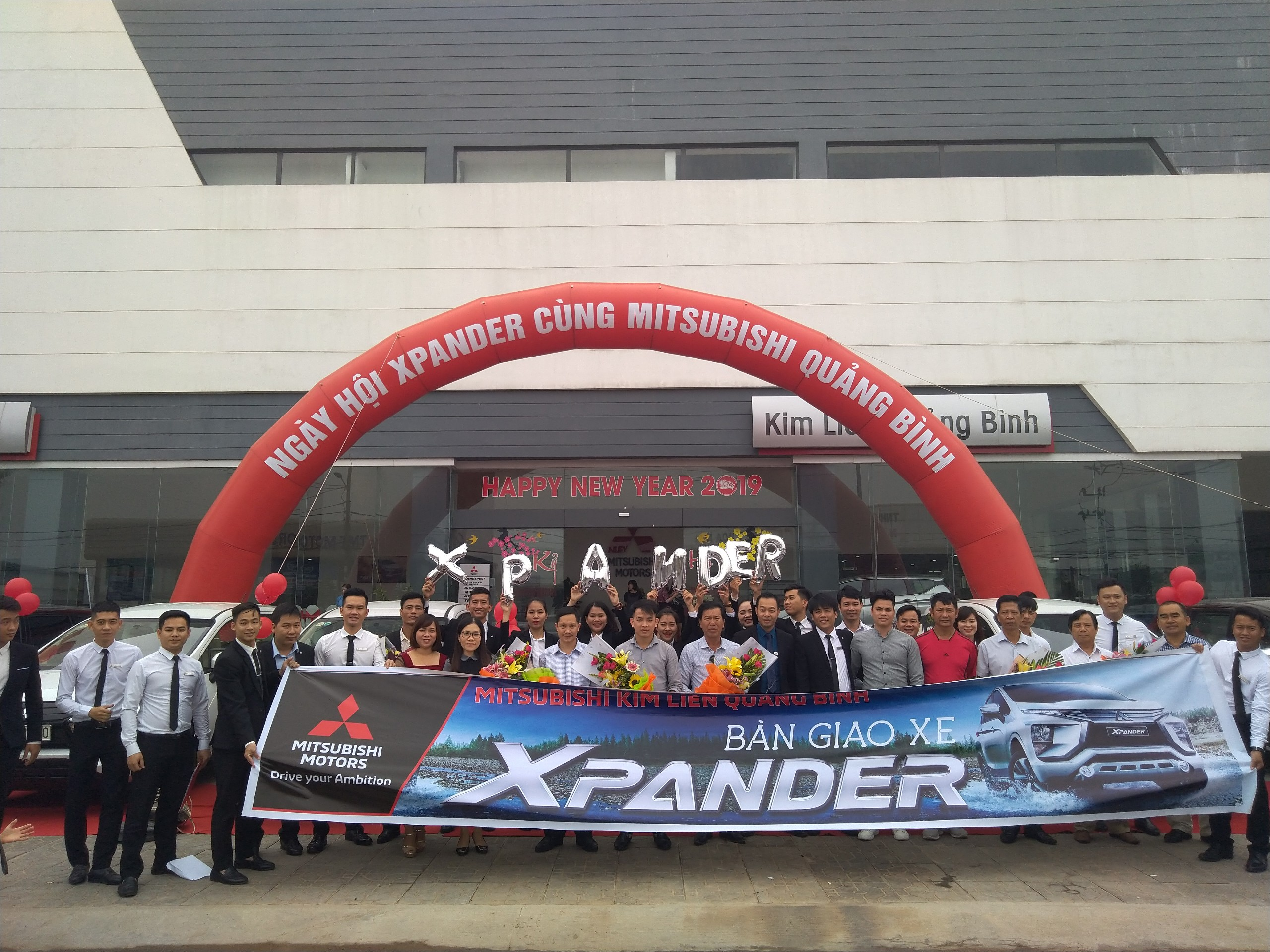 Lễ bàn giao 55 xe Xpander tại Mitsubishi Kim Liên Quảng Bình